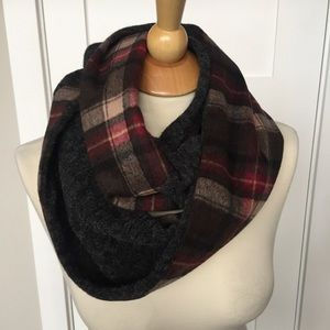Accessories - Wool plaid infinity scarf